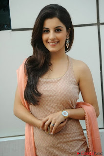 Actress Isha Talwar Pictures in Sleeveless Salwar Kameez at Myne Pyar Kiya Movie Opening 0010