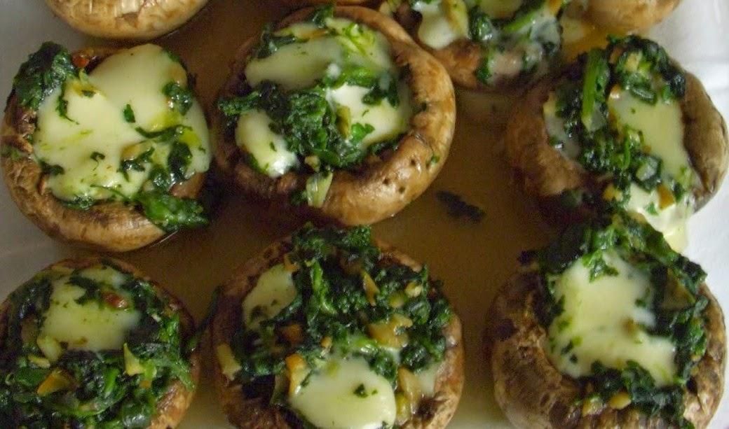 Champiñones rellenos de espinacas y queso