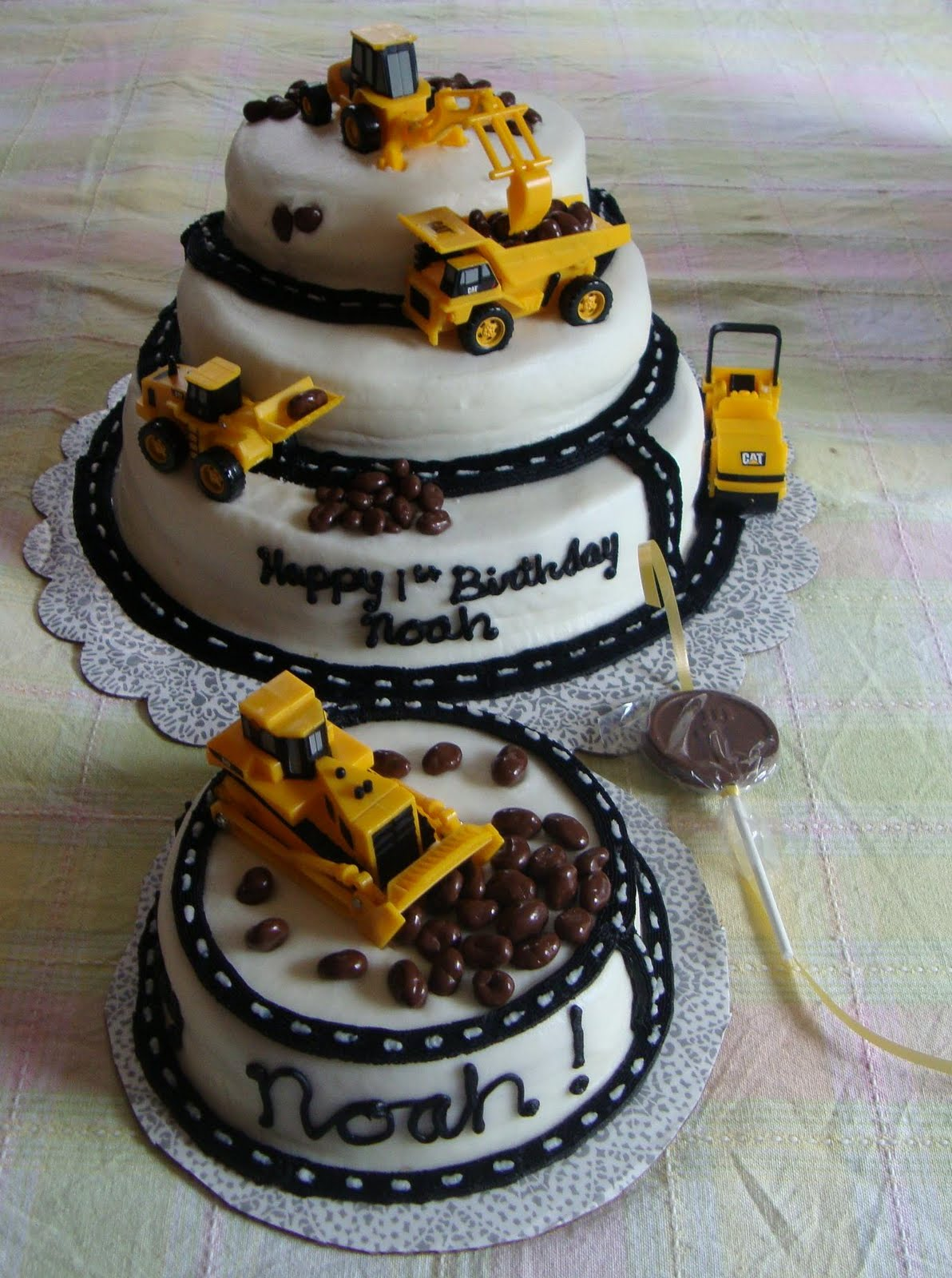 construction cakes for toddlers