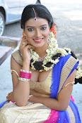 Manisha singh new sizzling pics-thumbnail-15