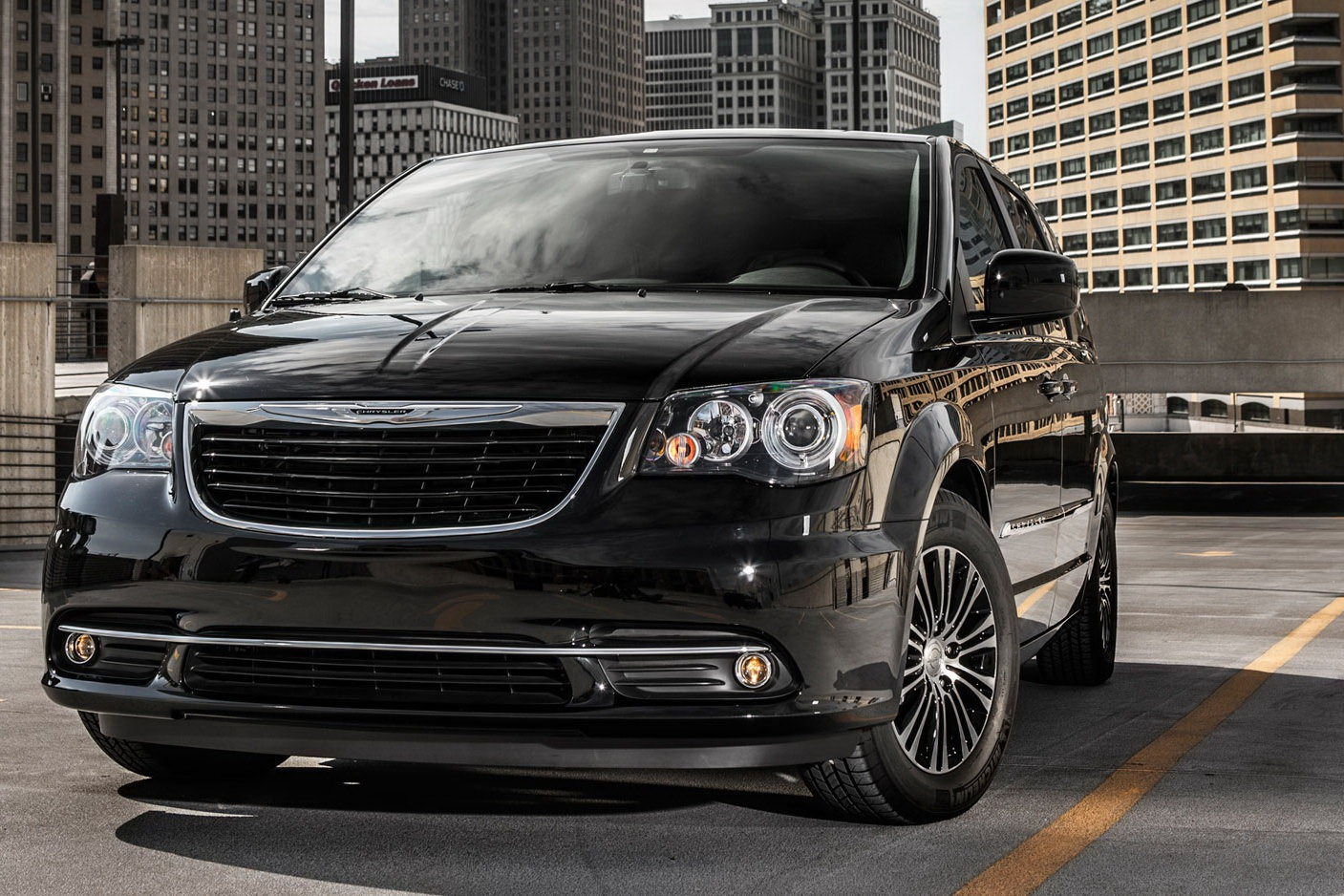 new 2013 chrysler town and country s edition heading to the la auto show user manual guide pdf. Black Bedroom Furniture Sets. Home Design Ideas