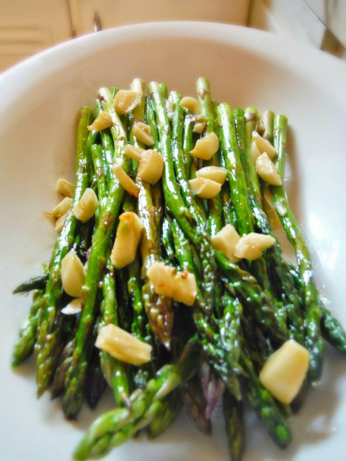 Perfect Garlic Roasted Asparagus
