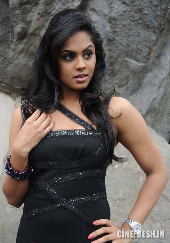 Karthika New Hot Stills Karthika New Hot Photos Photoshoot images