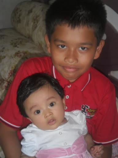 Annisa bersama Abang Hafizi