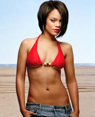 Rihanna Hot Pics