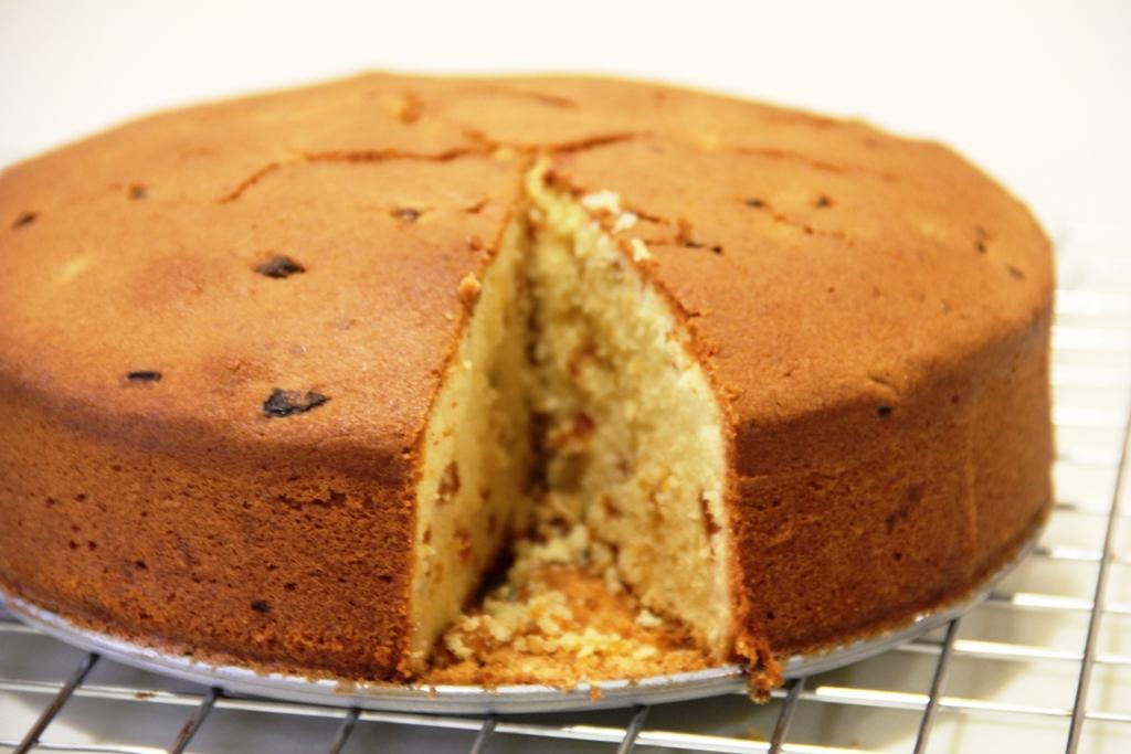 ... Kitchen...for all seasons: Apricot Almond Cream Cheese Pound Cake