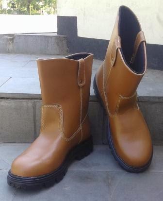 Sepatu Safety PDL Buat Proyek