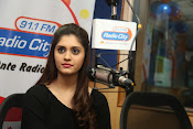 surabhi latest gorgeous looking pics-thumbnail-6