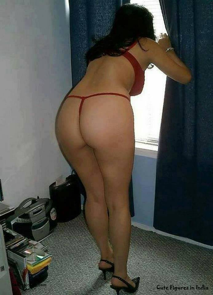girl side nude back Indian