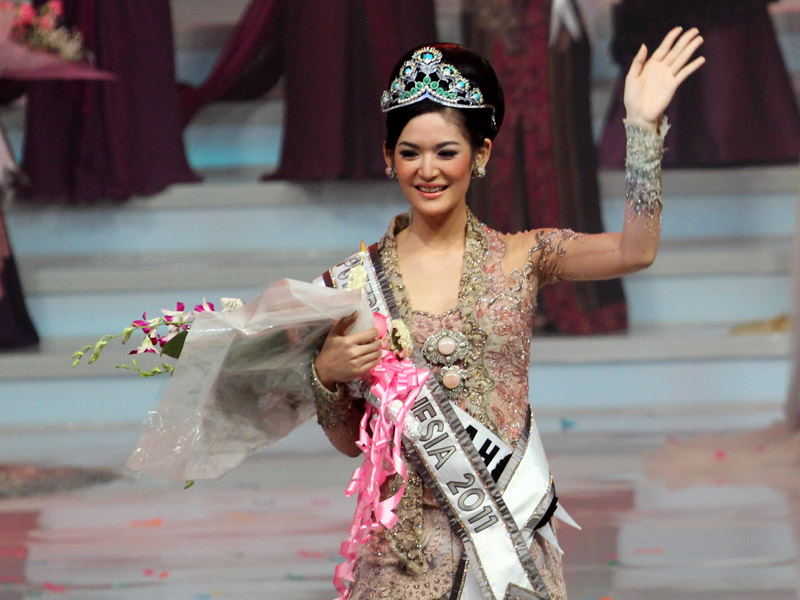 as miss indonesia 2011 at the grand final selection miss indonesia