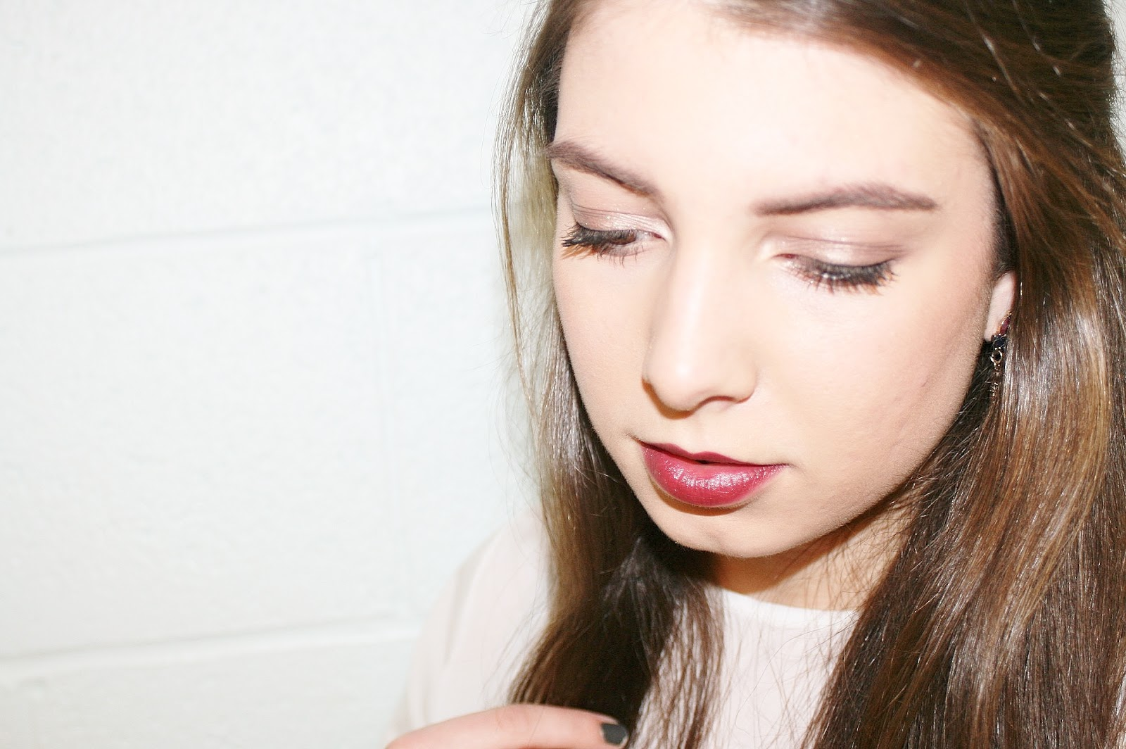 Katherine Penney Chic Makeup Look Beauty Dark Berry Lips Shimmer Eyes Evening