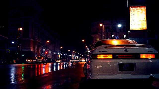 Toyota Mark II Tourer V X100, sedany z Japonii, fotografia samochodowa w nocy, zdjęcia, galeria
