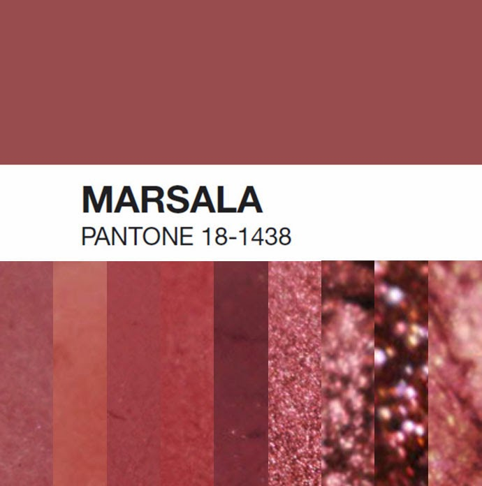 Se, em 2014, a Cor do Ano foi a Radiant Orchid, um tom feminino e luminoso, a Cor do Ano para 2015, segundo a Pantone, é o Marsala (18-1438), um tom mais sóbrio e escuro, inspirado no vinho italiano com o mesmo nome. Dicas de Moda. Blog de Moda Style Statement. Tendências. Outono/Inverno. Burgundy.