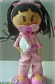 http://www.patronesfofuchas.org/2014/10/patrones-fofuchas-bebes-pijama.html