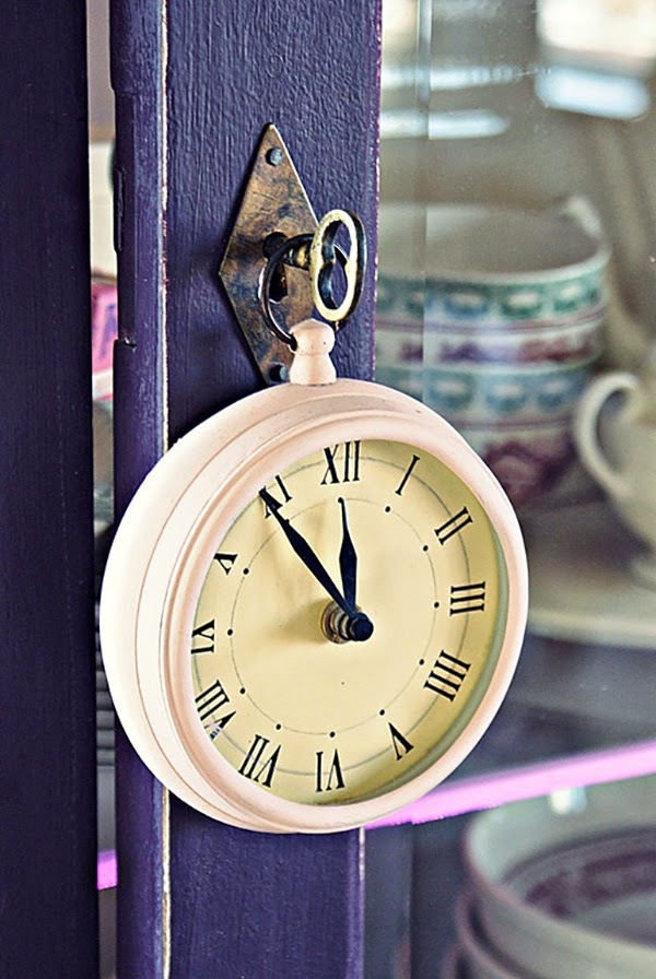Pink and Lilac Shabby Chic Cabinet Door Key Painted Clock 'key ring'