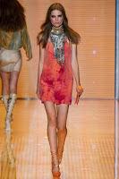 къса рокличка Versace