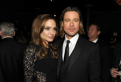 Според източникът Анджелина е бременна в третия месец.