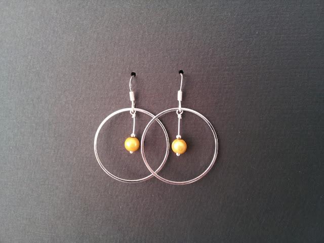 http://www.alittlemarket.com/boucles-d-oreille/fr_boucles_d_oreilles_crochets_argent_925_drugoya_jaune_argent_-16836095.html