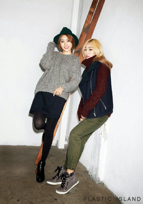 Bora and Hyorin SISTAR - Plastic Island Fall Winter 2014