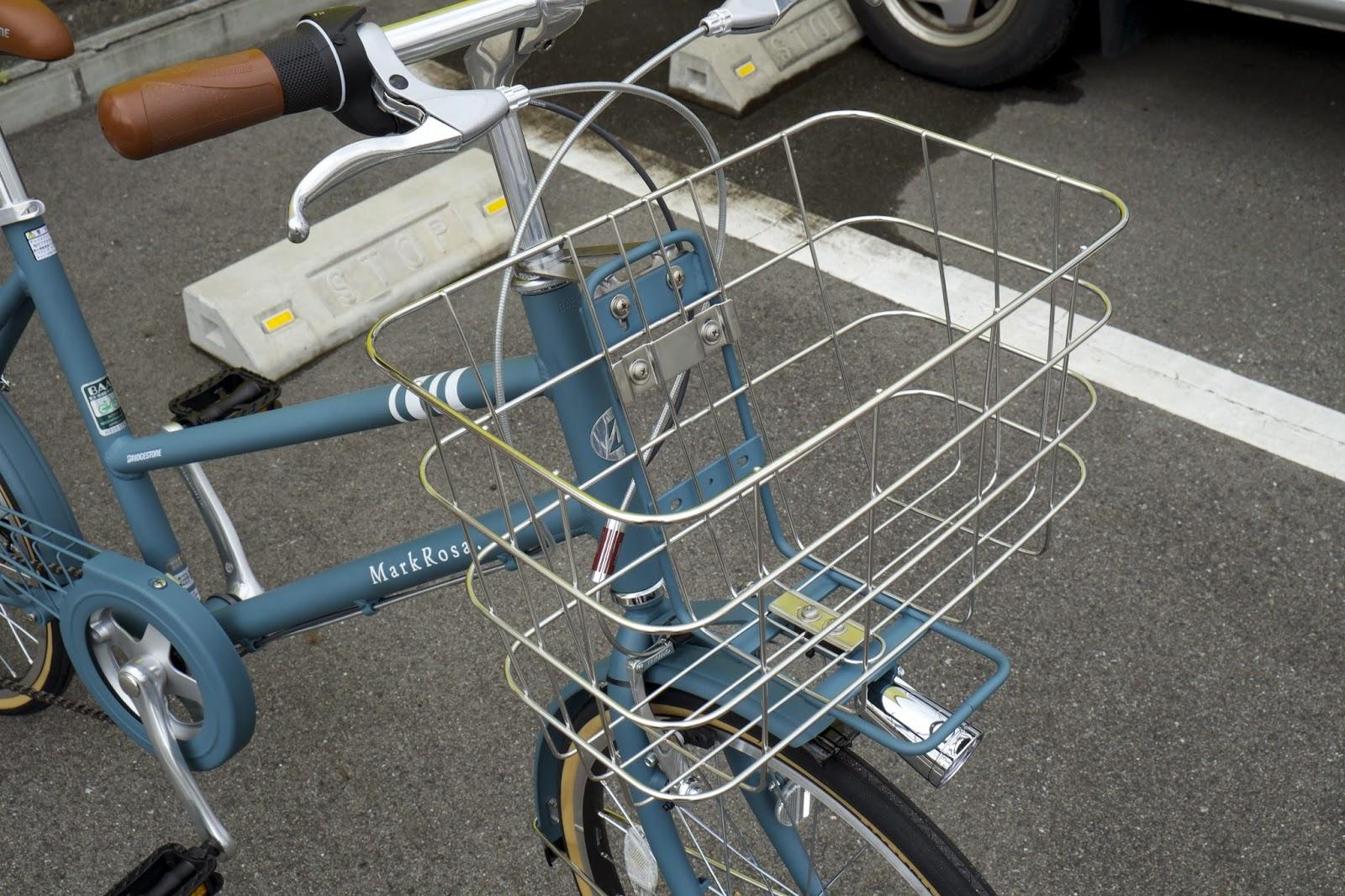 自転車の ミニ自転車カゴ : 自転車のデザインに合わせた ...