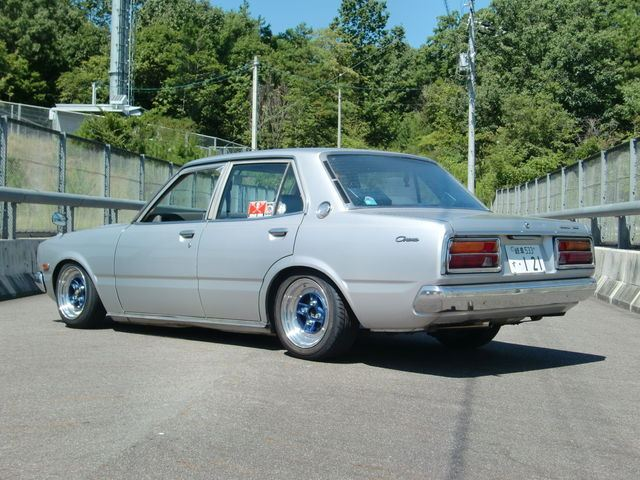 Toyota Corona  stary japoński samochód, klasyk, oldschool, 日本車, クラシックカー
