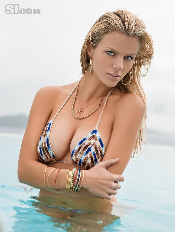 Brooklyn Decker (SI Swimsuit 2011)