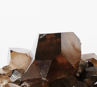 détail d'un gwindel , cristal de quartz en provenance des Alpes françaises