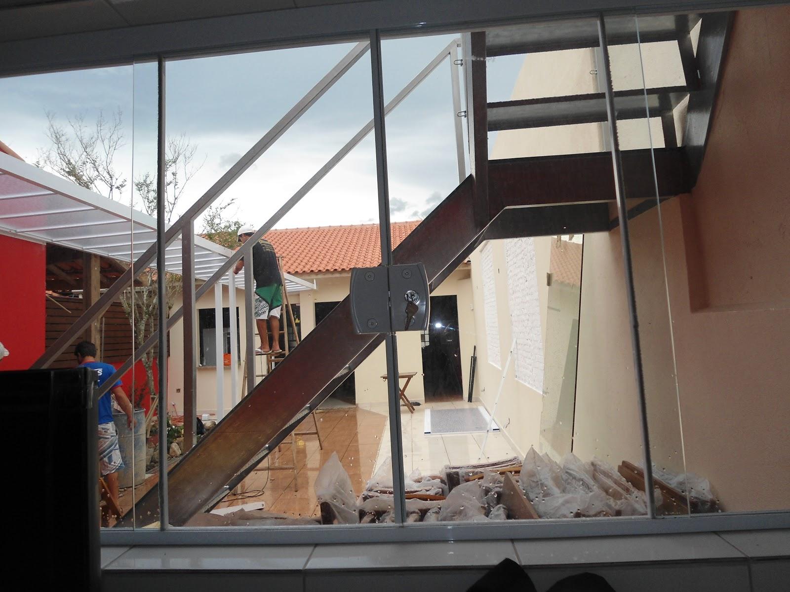 #663F35 escada de ferro galvanizada cobertura de policarbonato portas de  1400 Qual é Melhor Janela De Aço Ou Aluminio