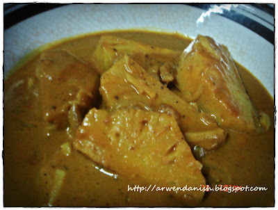 Pajeri Nenas dan Ayam Goreng Berempah nyum3x