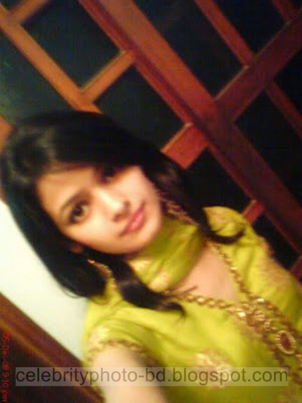 Pakistani+Cute+Girl+Maria+Photos+Album006