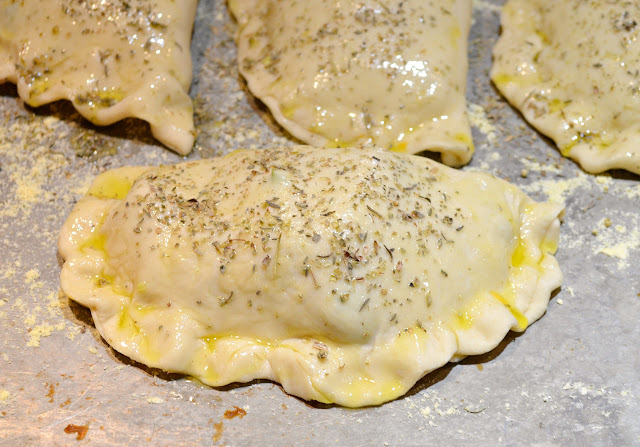 Broccoli-Ham-And-Cheese-Pockets-Recipe-Brush-Olive-Oil-Italian-Seasoning.jpg
