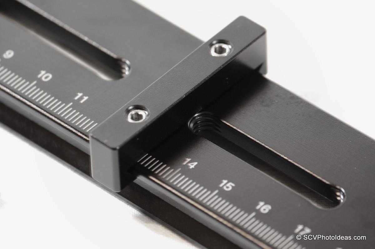 Hejnar Photo Index Bar positioning detail