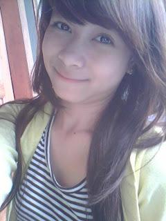 Vicky Zainal - Foto Celana Dalam Vicky Zaenal