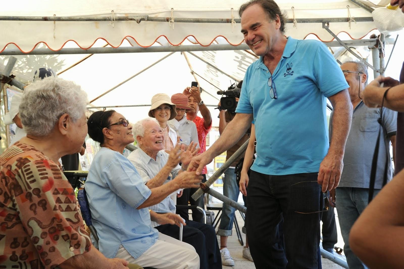 オバマ大統領と安倍首相に、辺野古新基地の断念と普天間の即刻返還を求める国際キャンペーンに署名してください(画像をクリック)