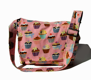 https://www.goodsmiths.com/vintage-galeria/cupcake-messenger-crossbody-bag-laptop-bag-book-bag-large-purse?p=93737834d9c1f0ab8734d7a7e1598c3a