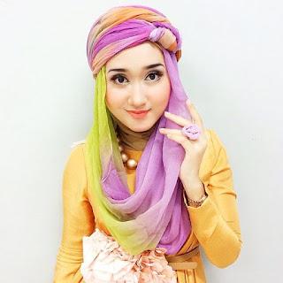 Inspirasi Make Up Cantik Bagi Para Hijabers Di Tanah Air