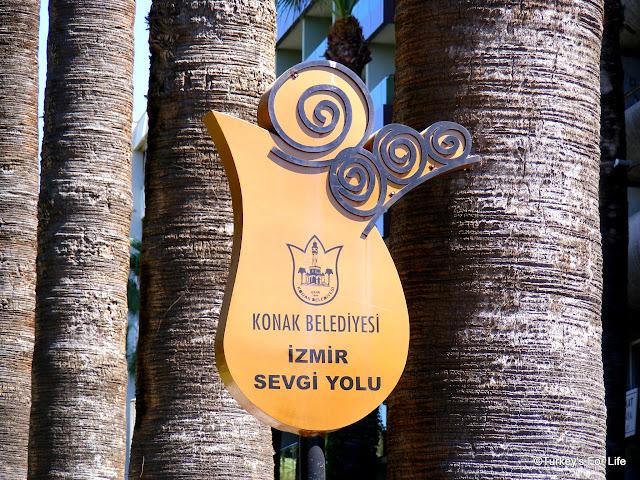 Sevgi Yolu, Izmir