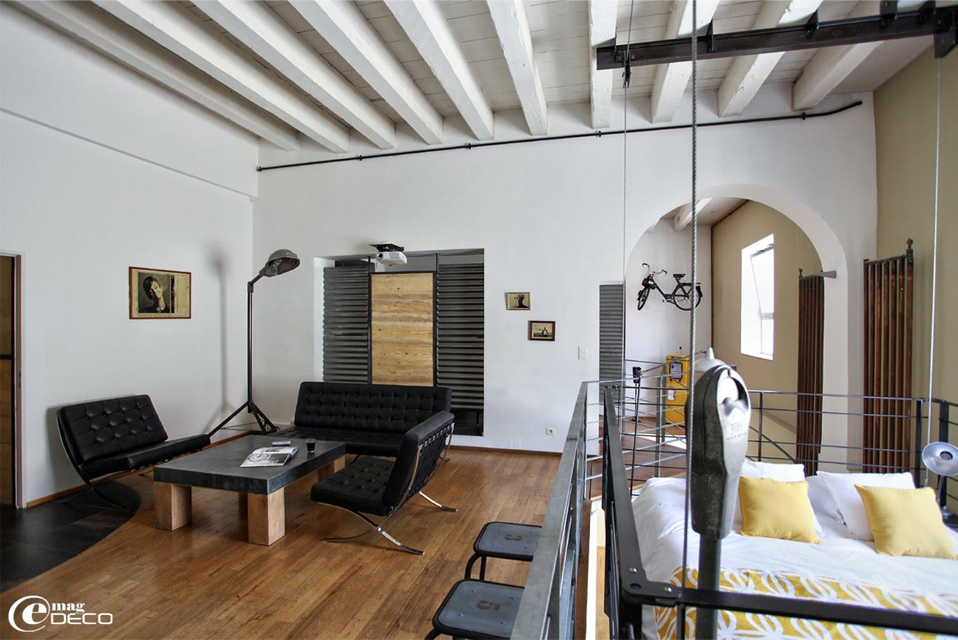 les lofts du vieux port e magdeco magazine de d coration. Black Bedroom Furniture Sets. Home Design Ideas