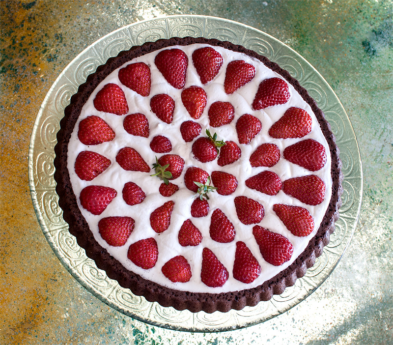 Vegan chocolate strawberry cocos cake top