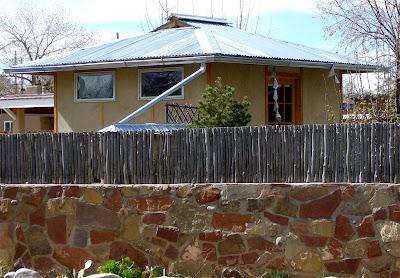Hip roof pole barn plans 8x10x12x14x16x18x20x22x24 josep for Hip roof barns