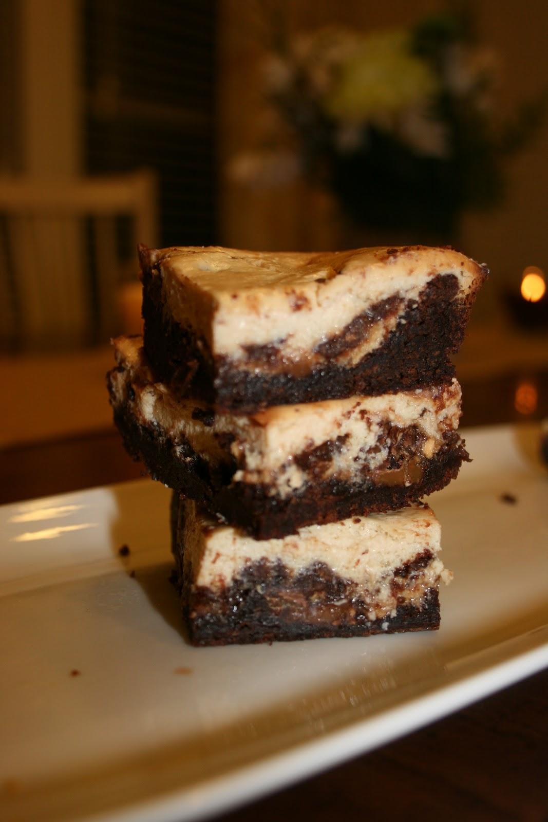 sugar & spice: Rolo Cheesecake Bars