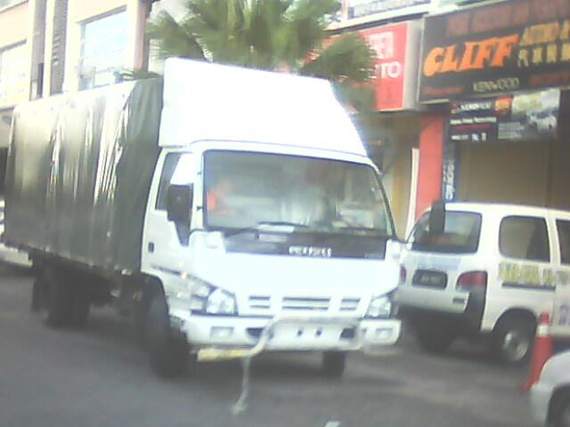 isuzu wooden cargo