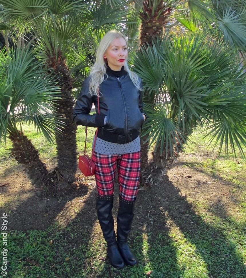 LeatherBomber, HeartsSweater, TartanLeggings, Overknees, MiniBag, RedLips - Lilli Candy and Style Fashion Blog
