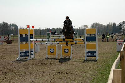 Banhoppning till häst. Foto: Ragnar Bengtsson CC BY-SA