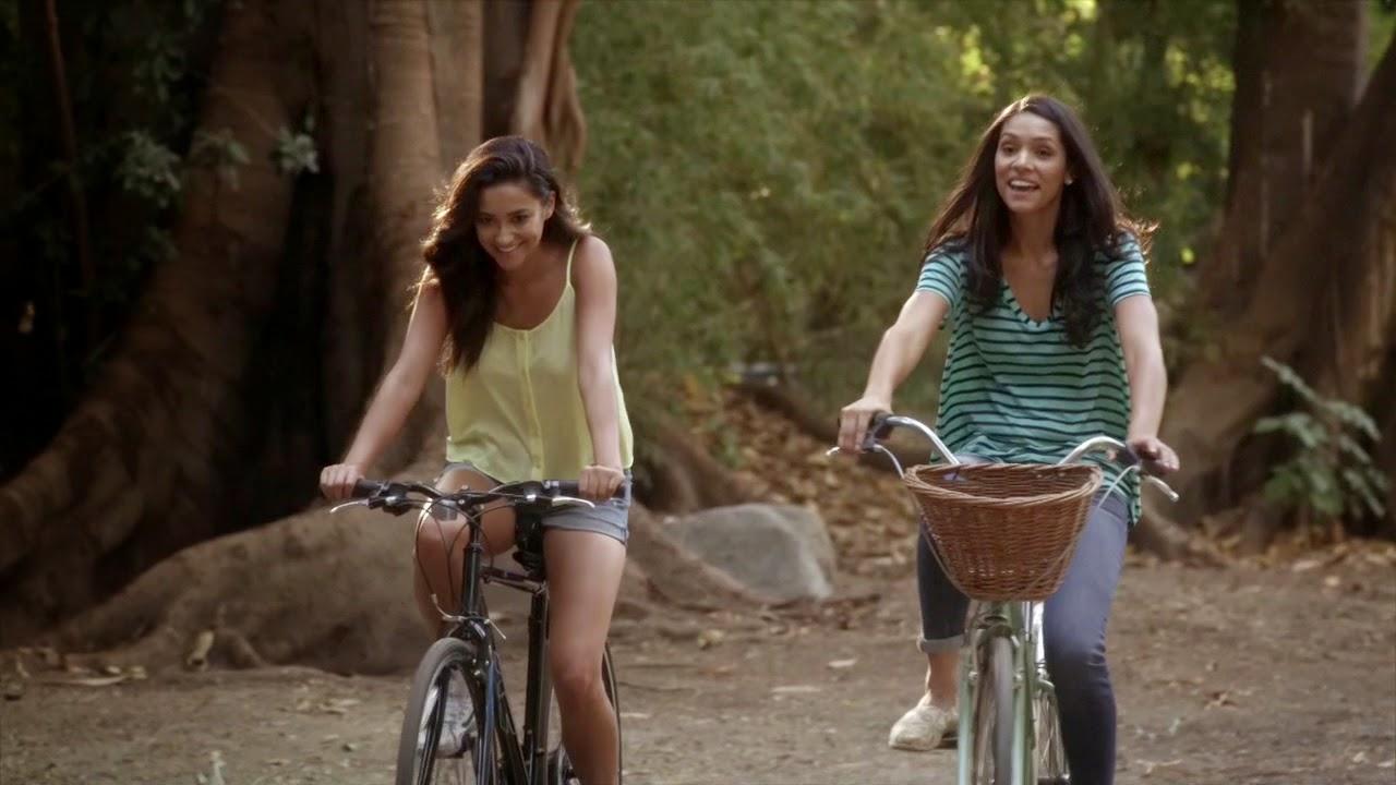Talia and Emily bike ride PLL 5x19