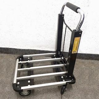 http://www.cktex.com.br/rodas-e-carrinhos/carrinho-plataforma-dobravel-em-aluminio-base-vazada-para-150kg