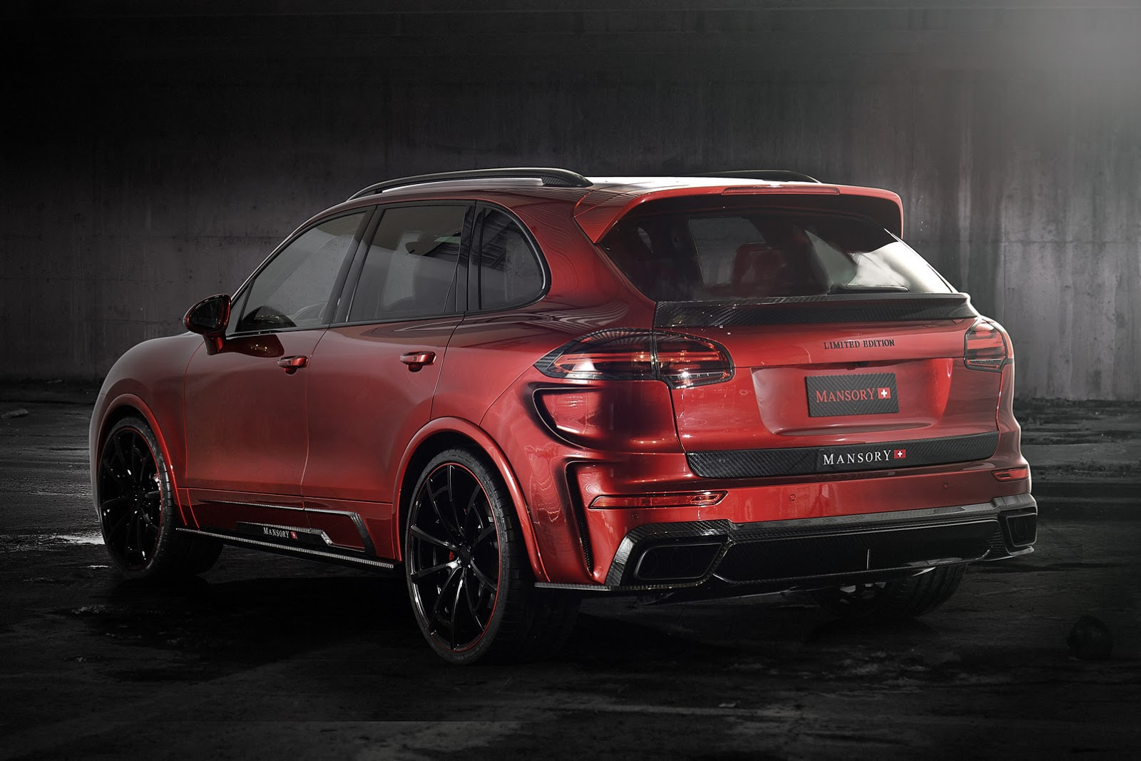 porsche cayenne turbo individualized mansory style carscoops. Black Bedroom Furniture Sets. Home Design Ideas