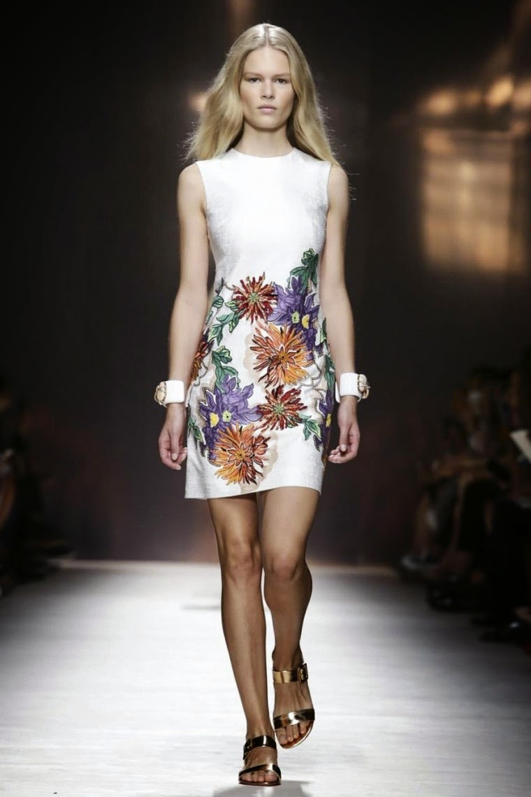 Blumarine spring summer 2015, Blumarine ss15, Blumarine, Blumarine ss15 mfw, Blumarine mfw, mfw, mfwss15, mfw2014, fashion week, milan fashion week, milano fashion week, du dessin aux podiums, dudessinauxpodiums, vintage look, dress to impress, dress for less, boho, unique vintage, alloy clothing, venus clothing, la moda, spring trends, tendance, tendance de mode, blog de mode, fashion blog,  blog mode, mode paris, paris mode, fashion news, designer, fashion designer, moda in pelle, ross dress for less, fashion magazines, fashion blogs, mode a toi, revista de moda, vintage, vintage definition, vintage retro, top fashion, suits online, blog de moda, blog moda, ropa, asos dresses, blogs de moda, dresses, tunique femme,  vetements femmes, fashion tops, womens fashions, vetement tendance, fashion dresses, ladies clothes, robes de soiree, robe bustier, robe sexy, sexy dress