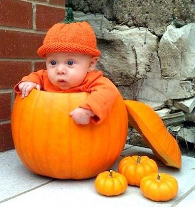 cute and funny pictures and more baby halloween pumpkin. Black Bedroom Furniture Sets. Home Design Ideas