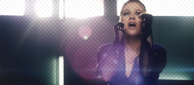 kelly clarkson music video still